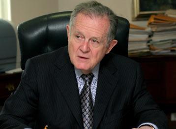 Luis Carlos Sarmiento, Bankir Terbesar di Kolombia