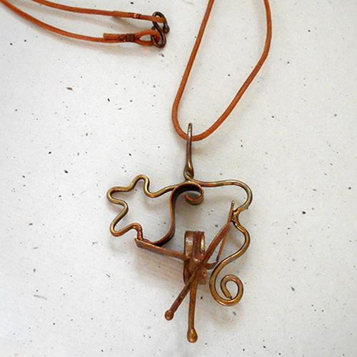 Tinuku Sekar Makirtya Gallery presents design series Motemanika Uwerans jewelry taken from Bronze Age chest