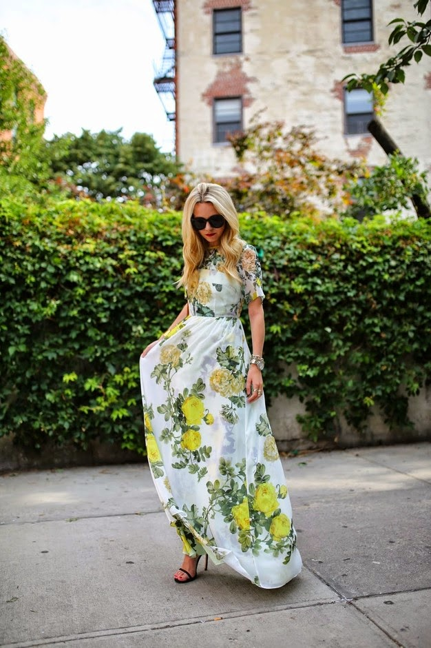 Wearing a Maxi Floral Dress for a Summer Wedding as a Guest