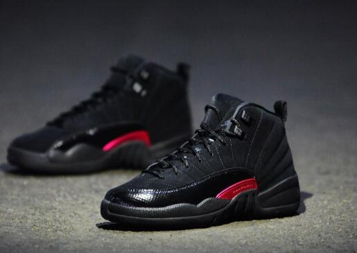 best loved 0cd41 31373 ... yet vibrant black powder color palette is also perfect for the   url http   www.footjordans.com products  Air-Jordan-XII(12)-Retro-n506 p1.html    cheap ...