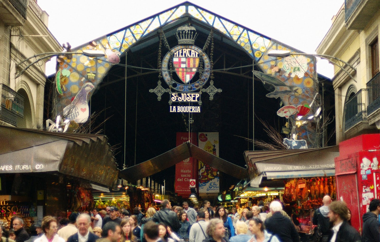 An essay on the markets of las ramblas and la boqueria