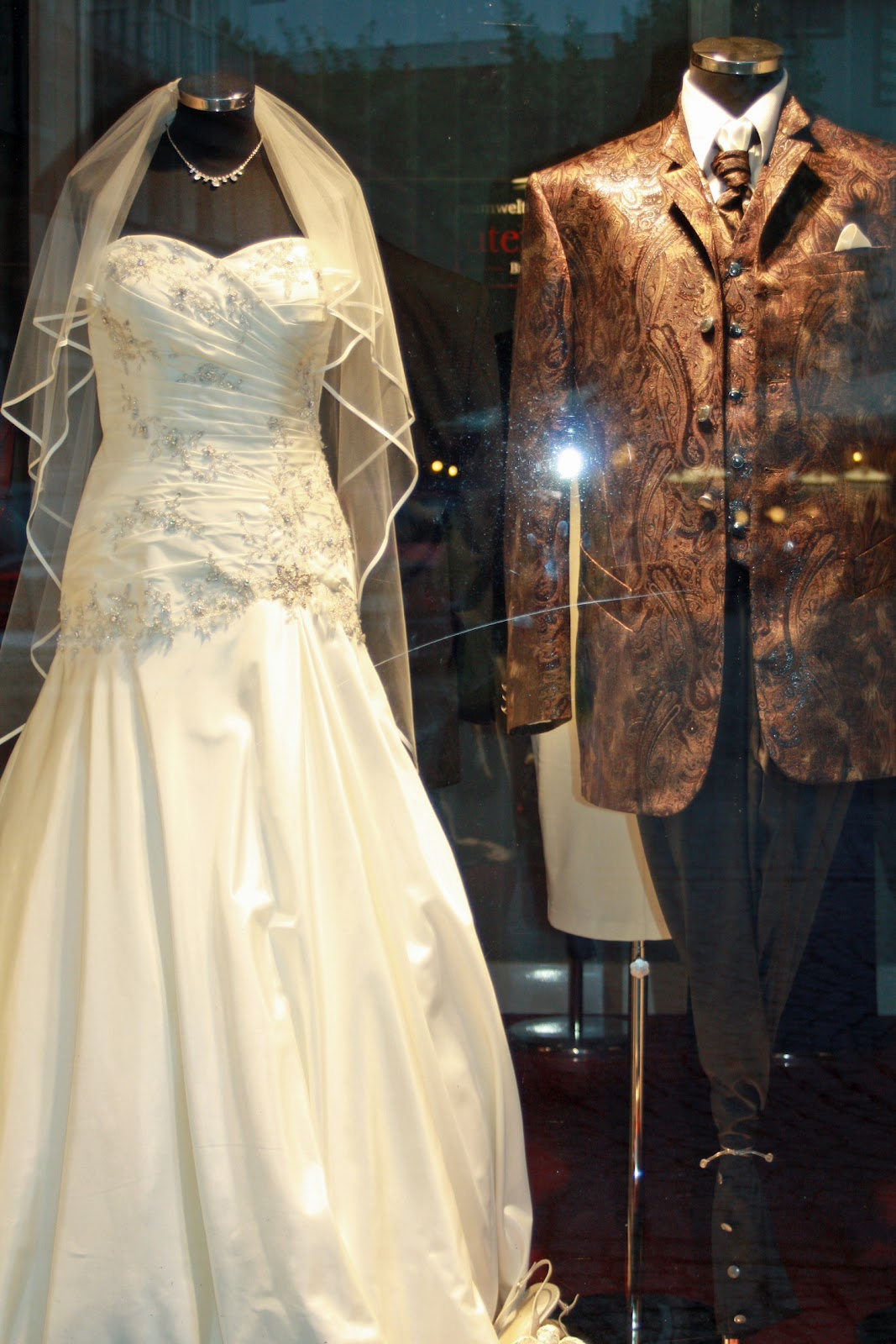 Pastries By Vreeke: Wedding Dresses Of Germany