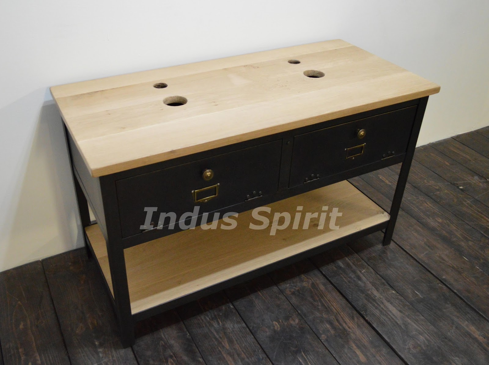 meubles style industriel pas cher maison design. Black Bedroom Furniture Sets. Home Design Ideas