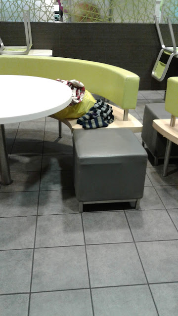customer forgot bag and clothes