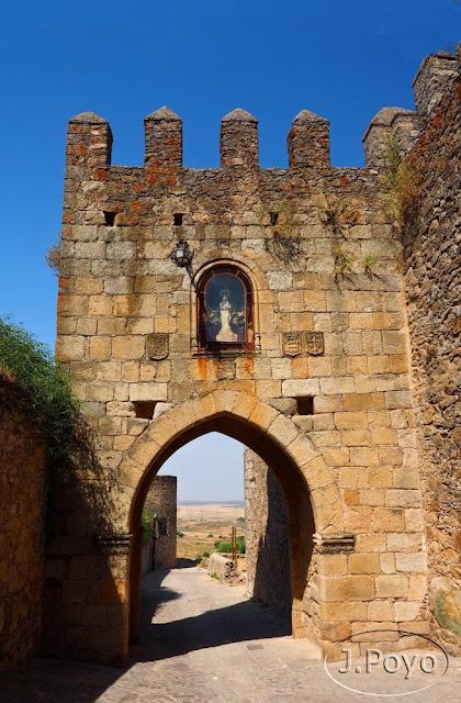 Puerta de Triunfo de Trujillo