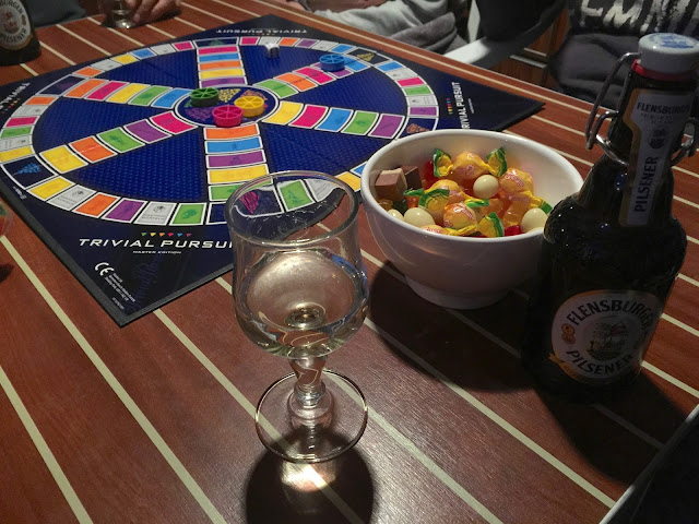 trivial pursuit game in german