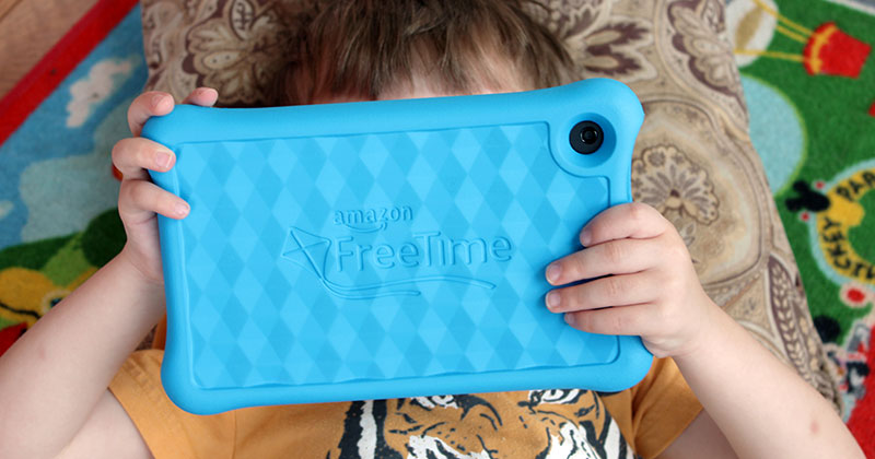 A Kid Friendly Tablet Parents Love Too (Plus My 10 Favorite Apps)