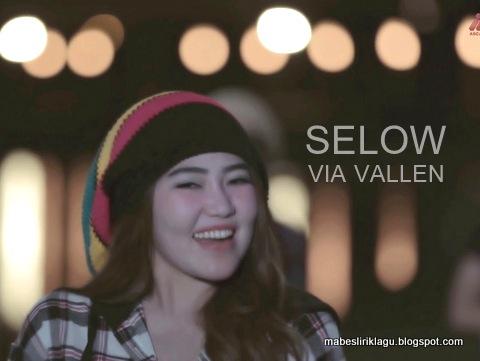 Lirik Lagu Selow versi Koplo
