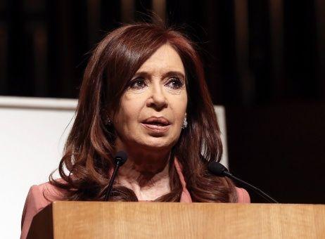 Designan tribunal que juzgará a CFK por caso de la AMIA