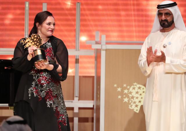Τον τίτλο της καλύτερης δασκάλας στον κόσμο κέρδισε μια Ελληνοκύπρια με 1 εκατομμύριο δολάρια έπαθλο