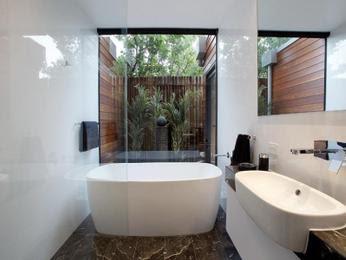 แบบห้องน้ำโทนสีขาว