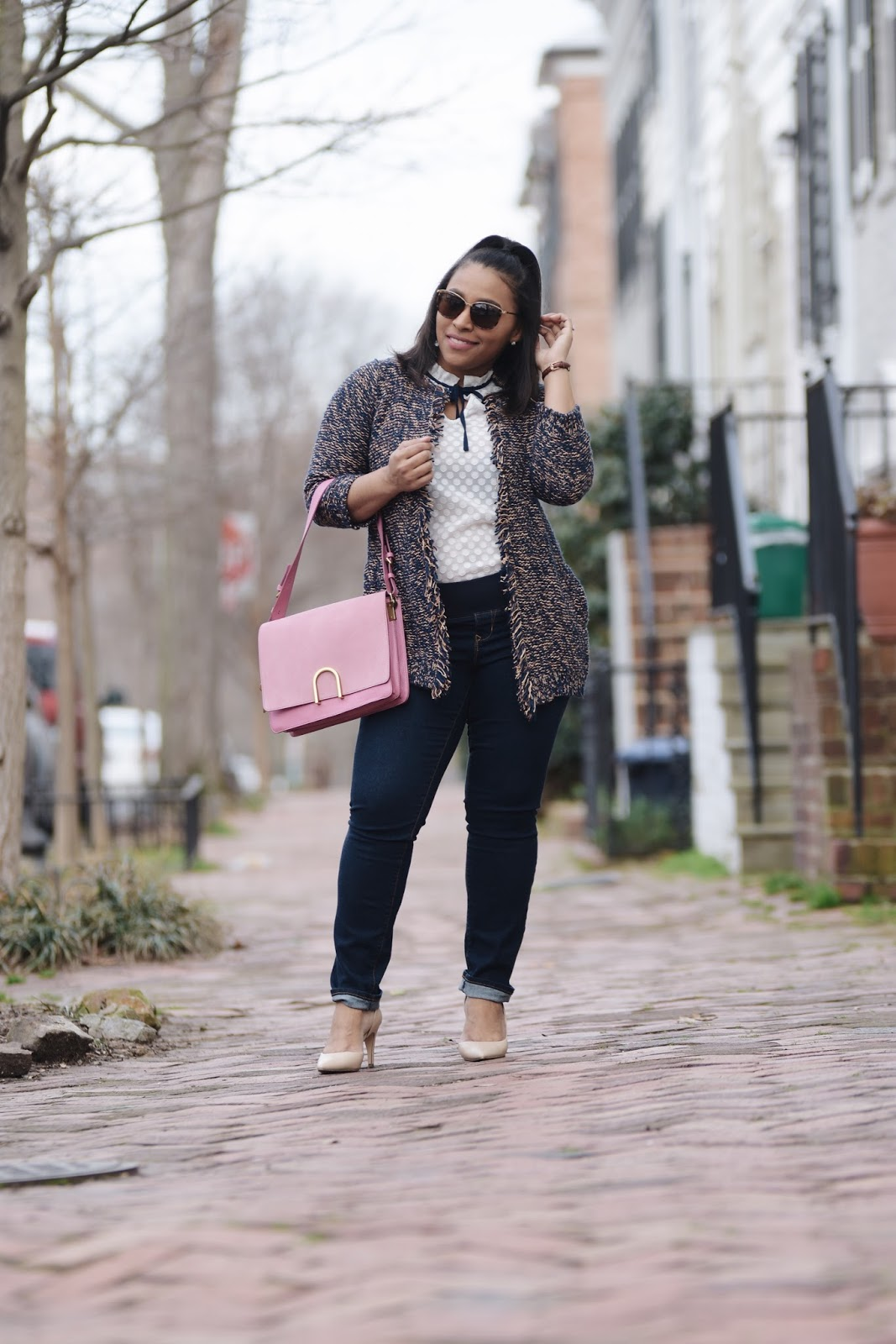 pregnant style, fossil bag, pregnant and stylish, thredup, dc blogger, mom blogger, cherry blossom, DC