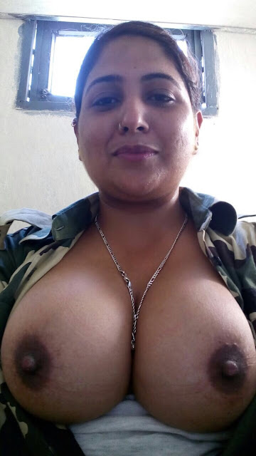Natural Beautiful Desi Big Boobs Bhabhi