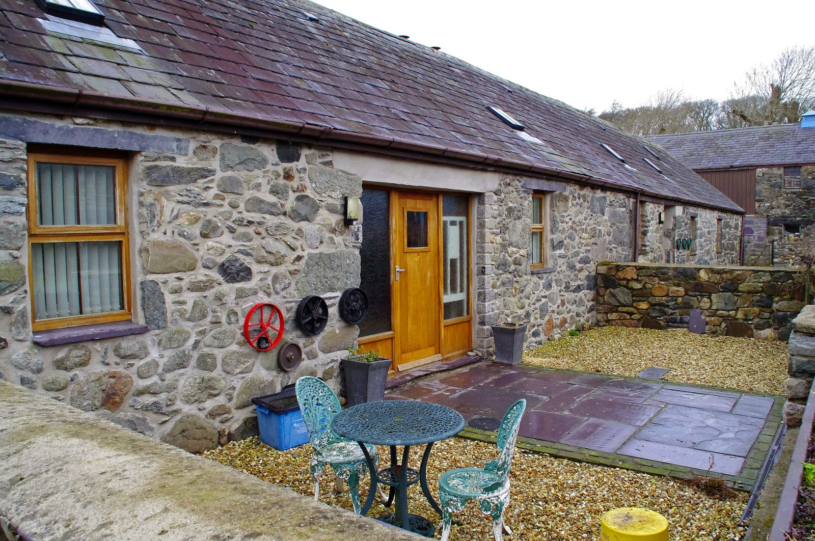 A Cosy, Luxurious Weekend at Beudy Mawr Cottage in Snowdonia, Wales