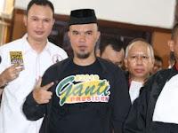 Takut Jokowi 2 Periode, Ahmad Dhani Terpaksa Lakukan Hal Ini Setiap Kali Sholat!