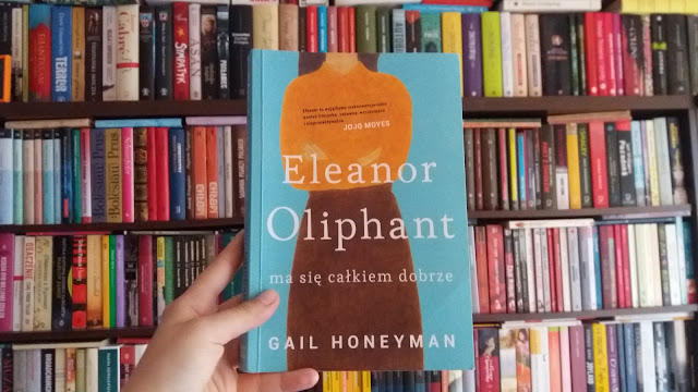 (629) Eleanor Oliphant ma się całkiem dobrze