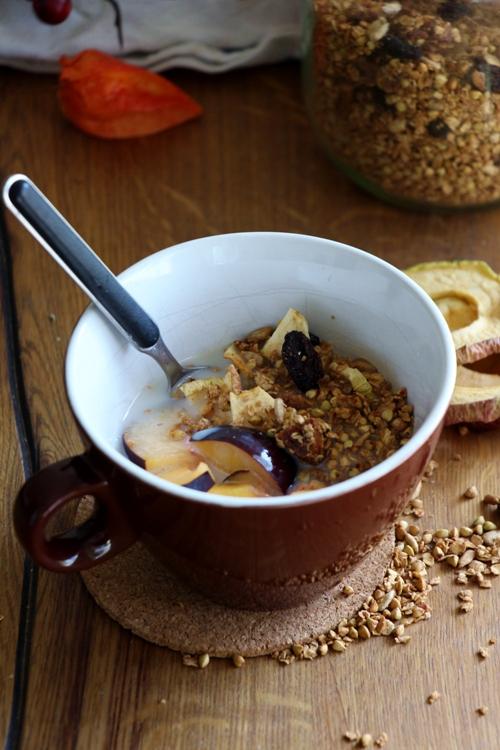 Glutenfreies Buchweizen Granola
