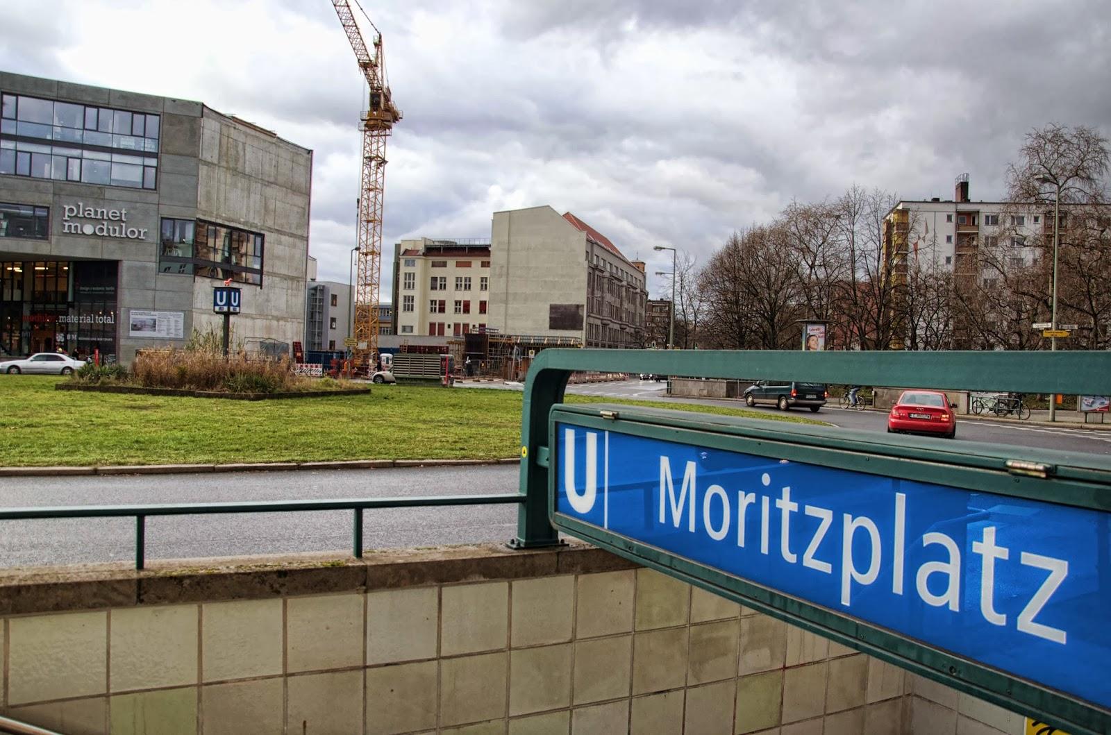 berliner baustellen 0234 baustelle erweiterung aufbau haus planet modulor moritzplatz. Black Bedroom Furniture Sets. Home Design Ideas