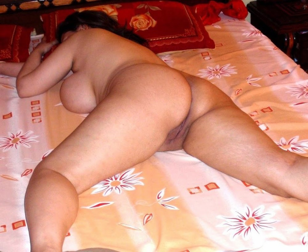 Naked ass arab