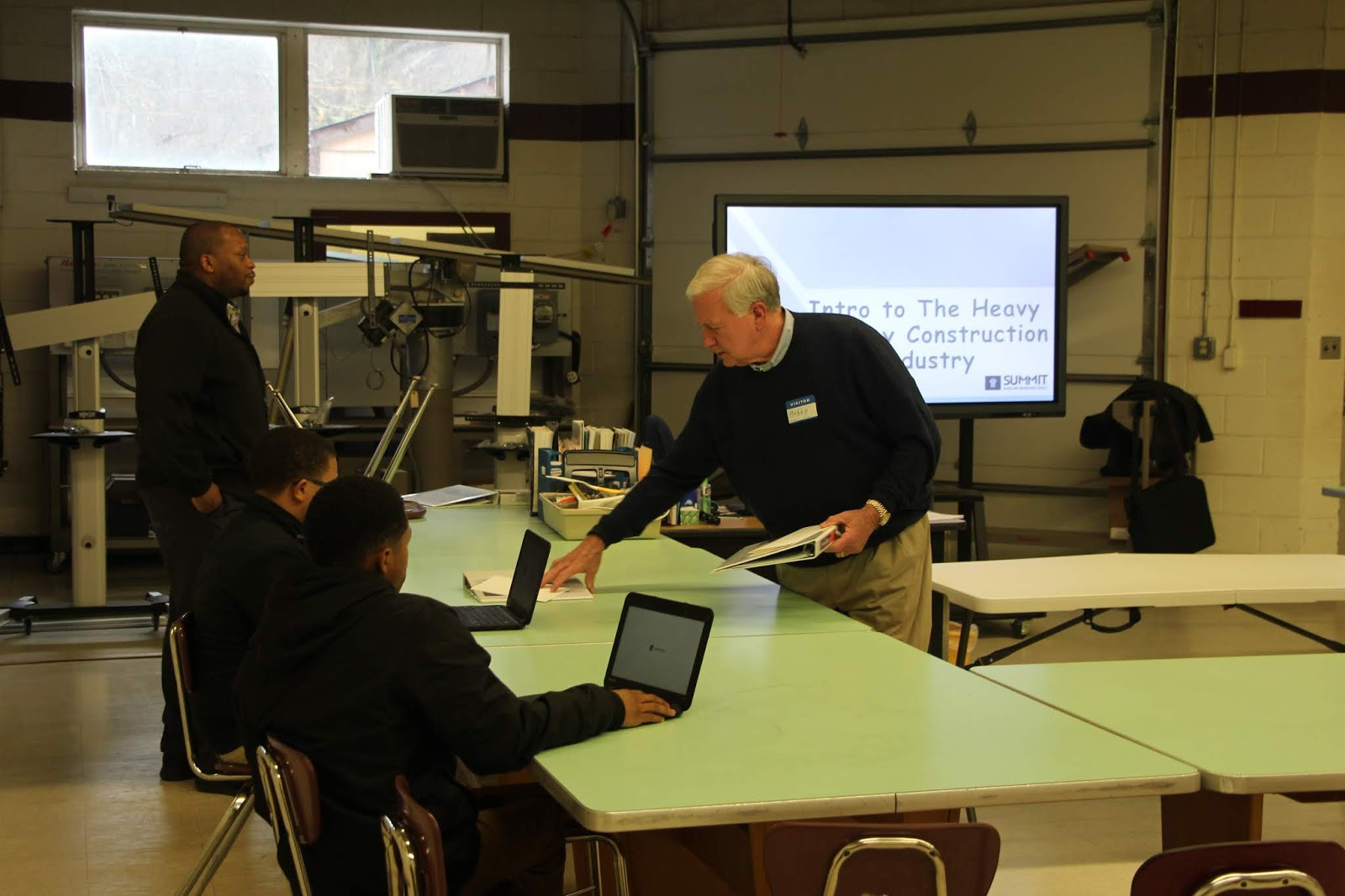 Warren Career Tech News!: Summitt Engineering Partners with WCHS