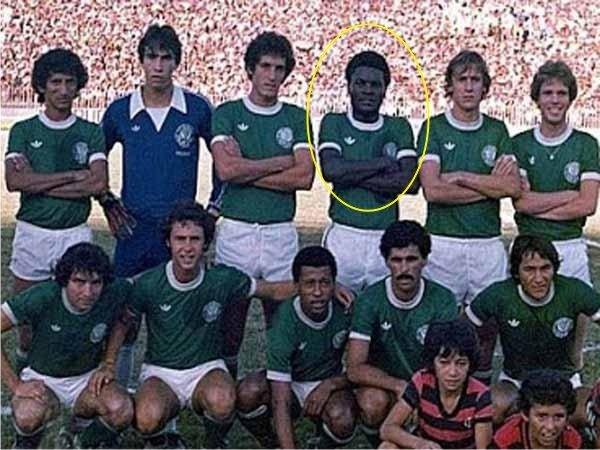 2cd54d6a74 A Sociedade Esportiva Palmeiras (foto arquivo SEP) lamenta a morte do  ex-volante Mococa