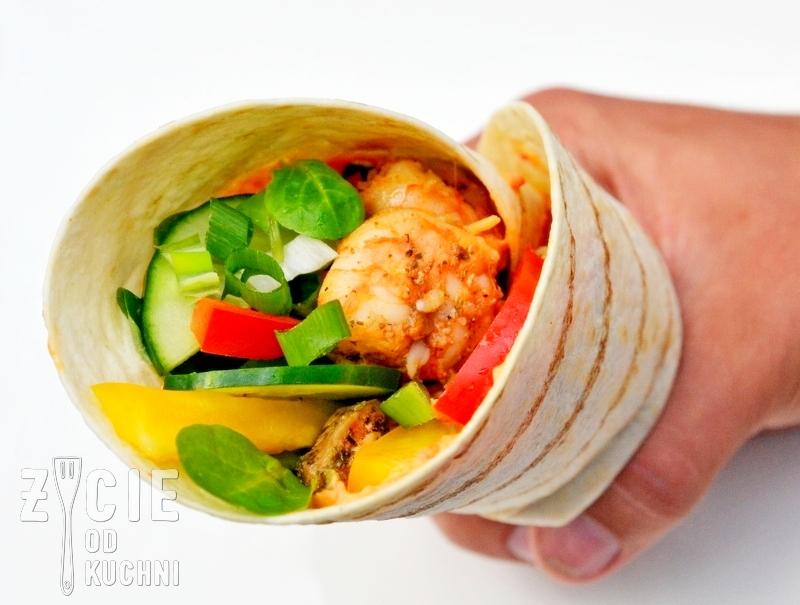 wrap, wrap z warzywami, wrap z kurczakiem i krewetkami, wrap z krewetkami,