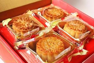 Nên chọn gói hút ẩm loại nào cho bánh trung thu