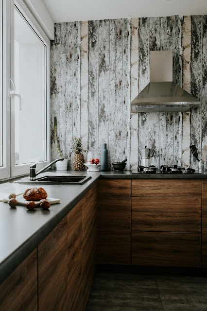 Kuchnia, Kuchnia i jadalnie, kitchen, how to arange, how to decorate, blat kuchenny, przestrzeń nad blatem, fabra tablicowa, cegła, płytki,