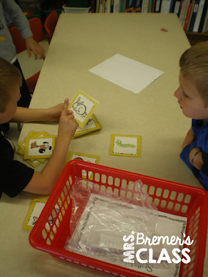 Syllable sorting activity to practice phonemic awareness