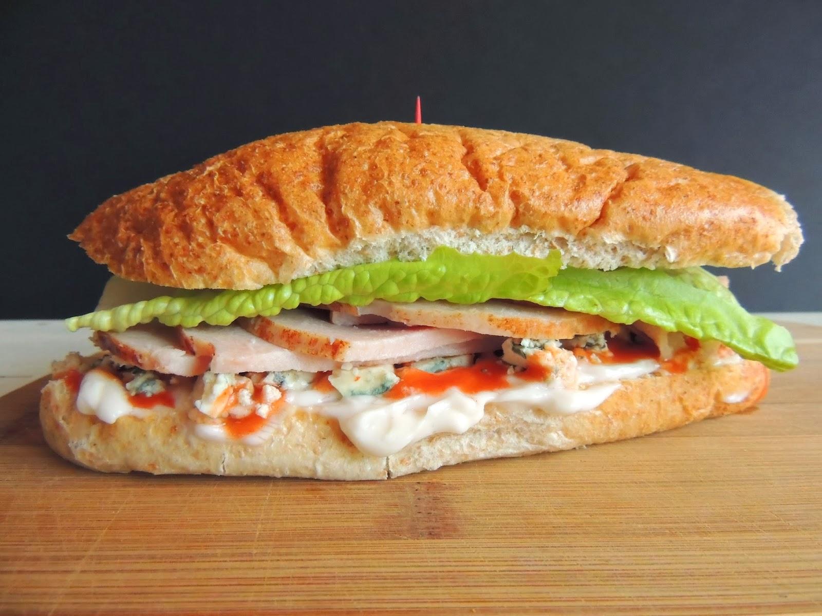 ... Plate: Thanksgiving Leftovers - Buffalo Blue Cheese Turkey Sandwich