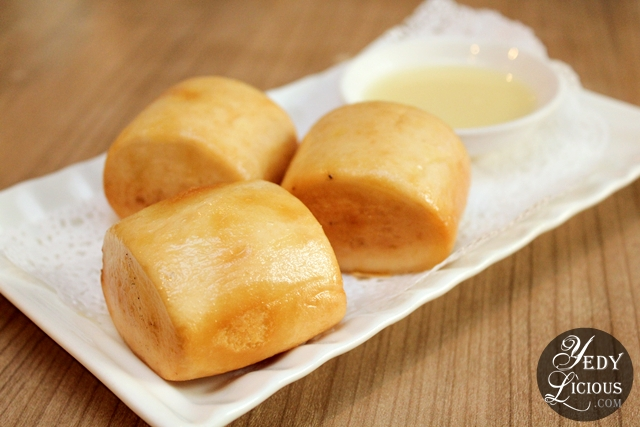 Fried Mantao Dim Sum Buffet at Crystal Jade Greenhills