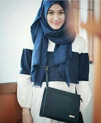 Alyssa Soebandono JH Coco Clutch Bag
