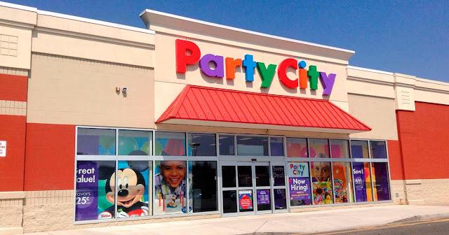 Frente da Loja de festa Party City em Orlando