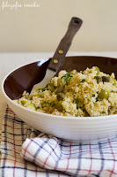 (salatka z kuskusem i kurczakiem