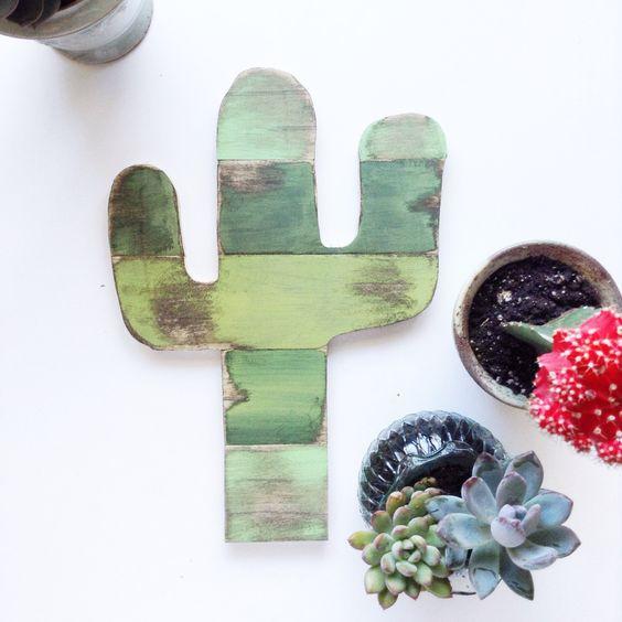 decoracion cactus madera
