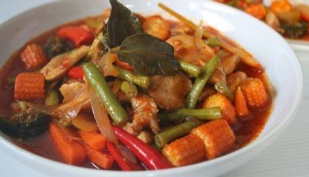 Resepi Ayam Paprik Berkuah Ala Thai