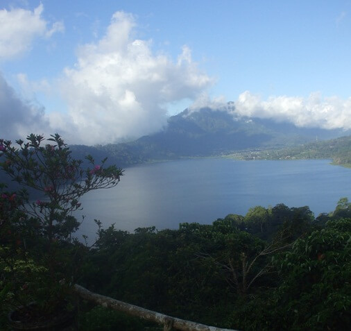 Lake Buyan offers serenity of lake which drinking glass BaliBeaches: The Twin Lake Buyan And Tamblingan - Beautiful Lake And Water Natural Resource