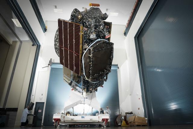 Penampakan Satelit Merah Putih Berbobot 5,8 Ton