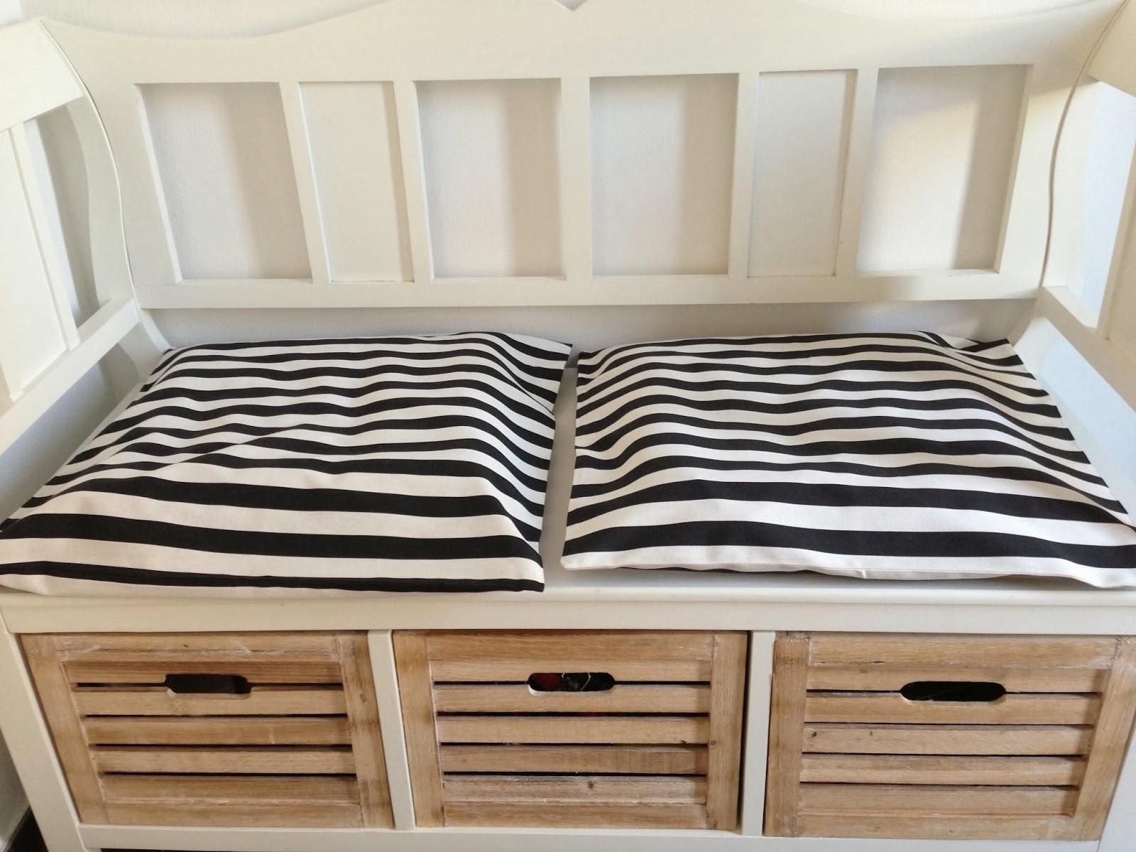 dekovibe ein duo zum verlieben schwarz und wei. Black Bedroom Furniture Sets. Home Design Ideas