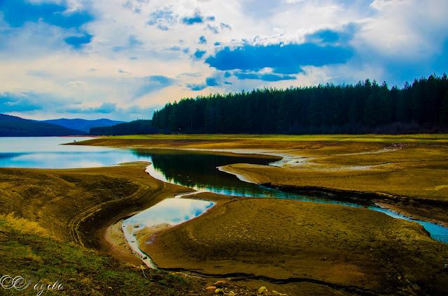 Устието-Estuary