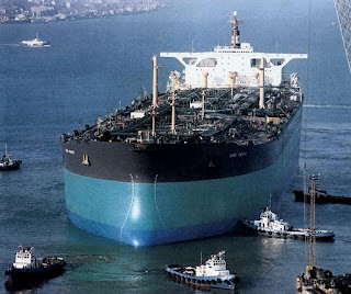 The-Batillus-class-long-ship