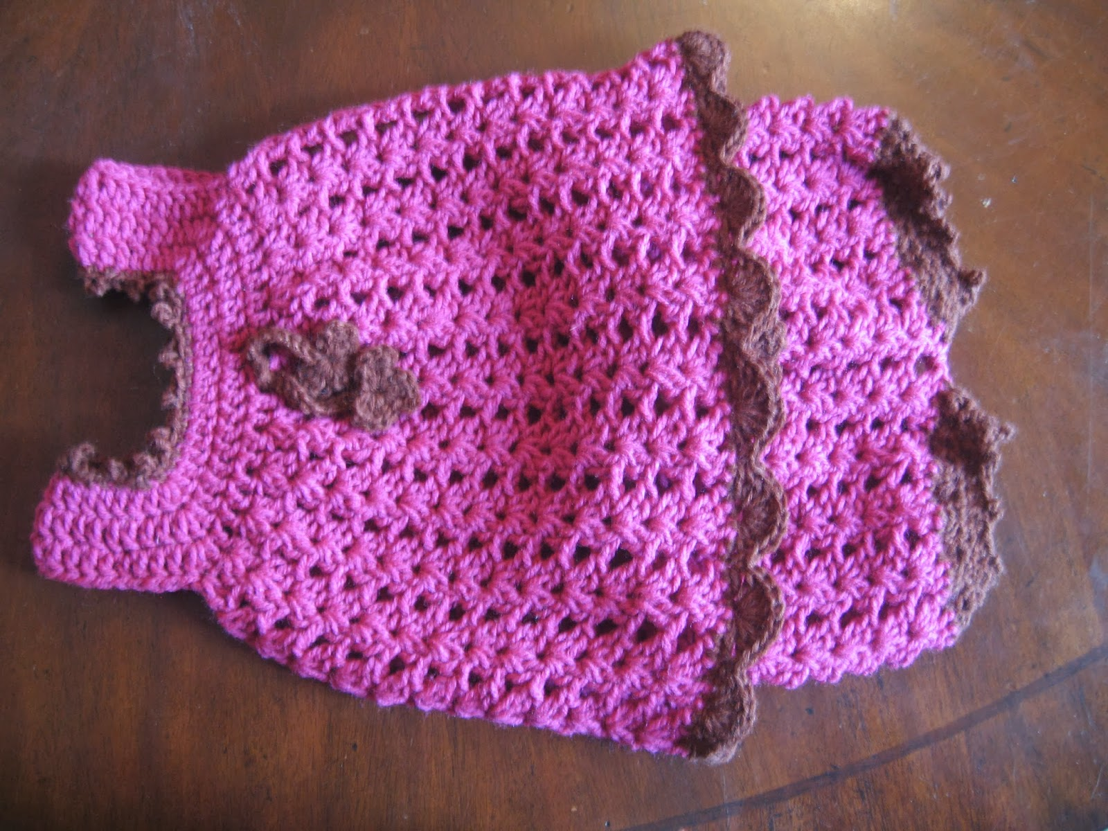 BLURT Blogger: Free Easy Baby Sundress & Bloomers Pattern