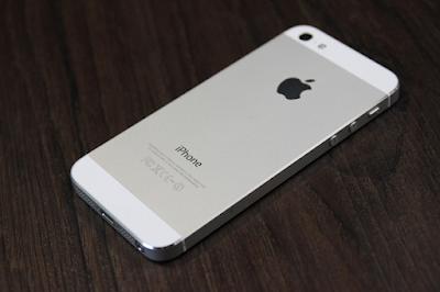 Dien thoai iPhone 5 lock co tot khong