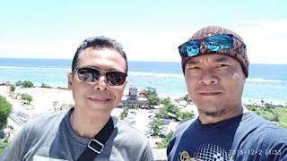Wawan dan Ndock di Pantai Pandawa Bali
