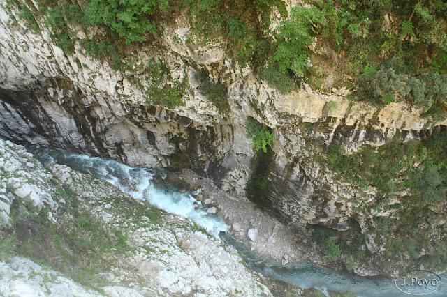 Ruta del Cares. 80 metros hacia abajo