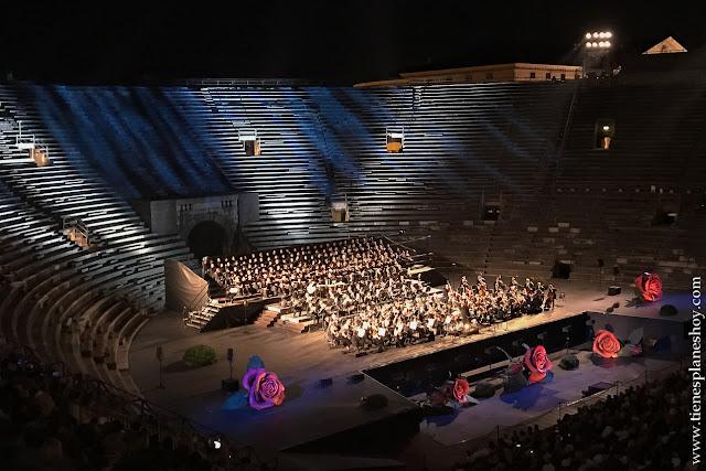 Ir Concierto anfiteatro romano Verona viaje Italia