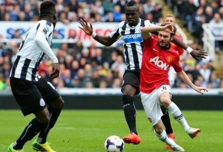 Video Cuplikan Gol Newcastle vs MU 0-4