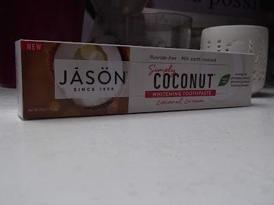 Zubná pasta Simply Coconut – bieliaca