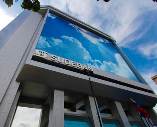 Orden de la Sudeban de solicitar datos bancarios de clientes es inviable