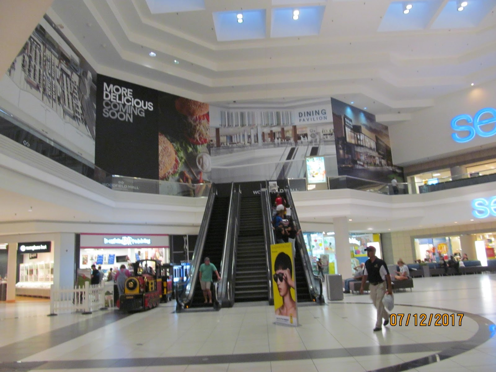 Si Mall Shoe Stores
